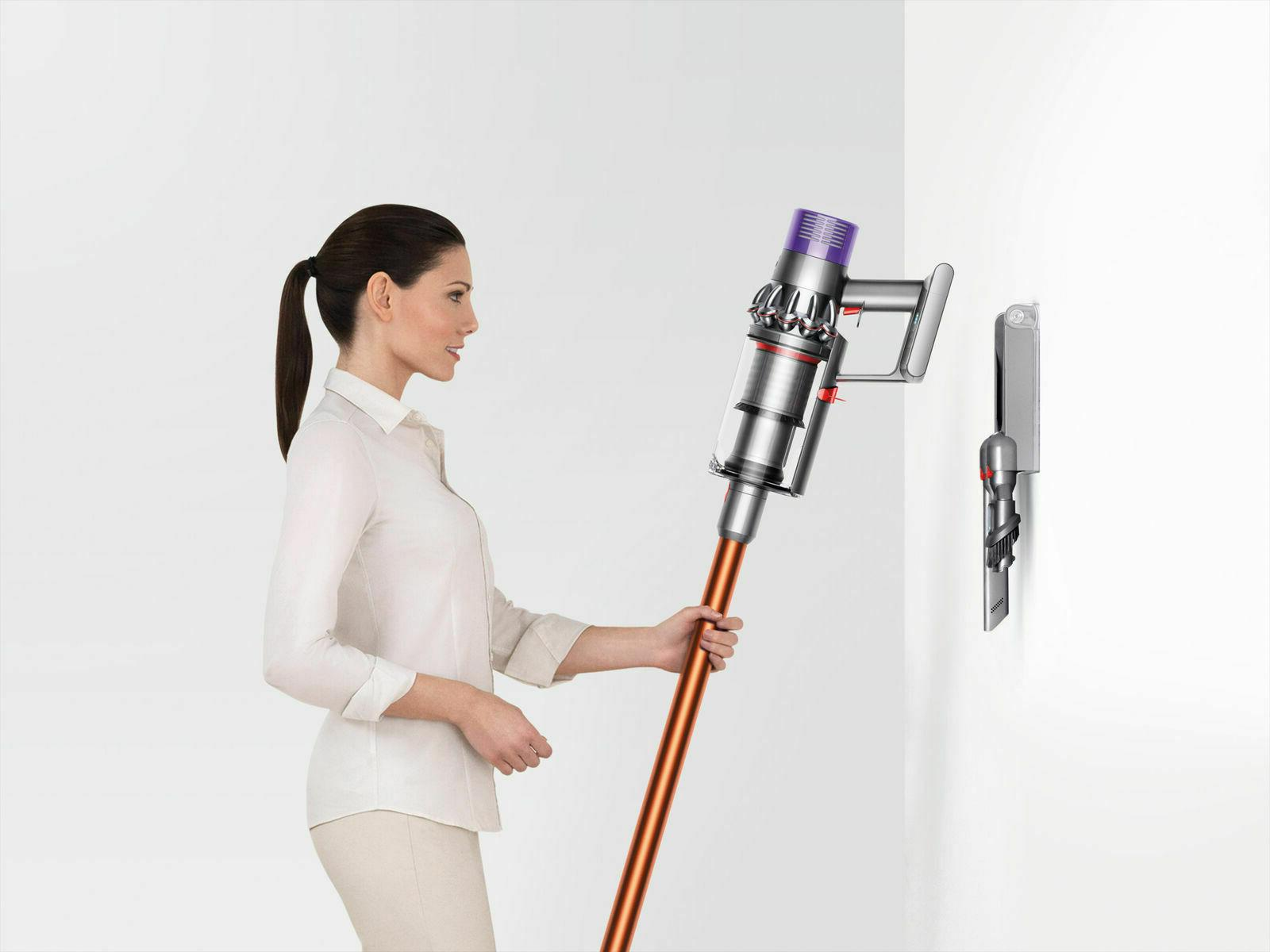 Dyson V10 pro wireless vacuum with